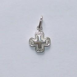 Petite croix en argent N° T07